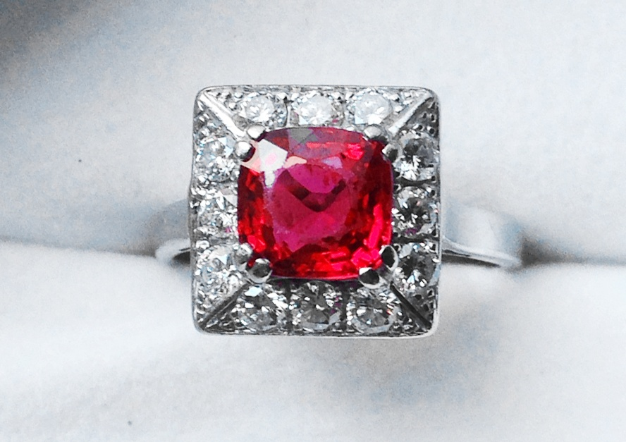 Spinel ring.