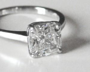 Bague diamant.