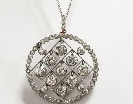 Pendentif diamant (Vendu)