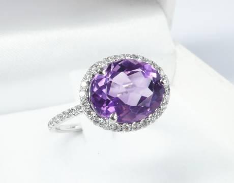 Bague diamant et saphir violet (Vendu)
