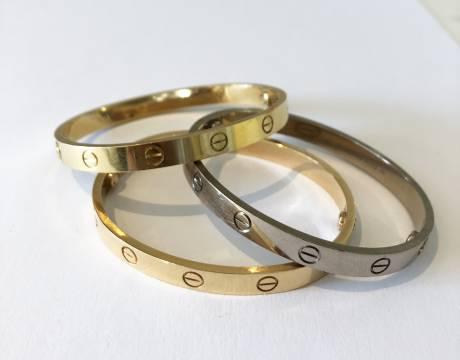 Trois bracelets Love, Cartier (Vendu)
