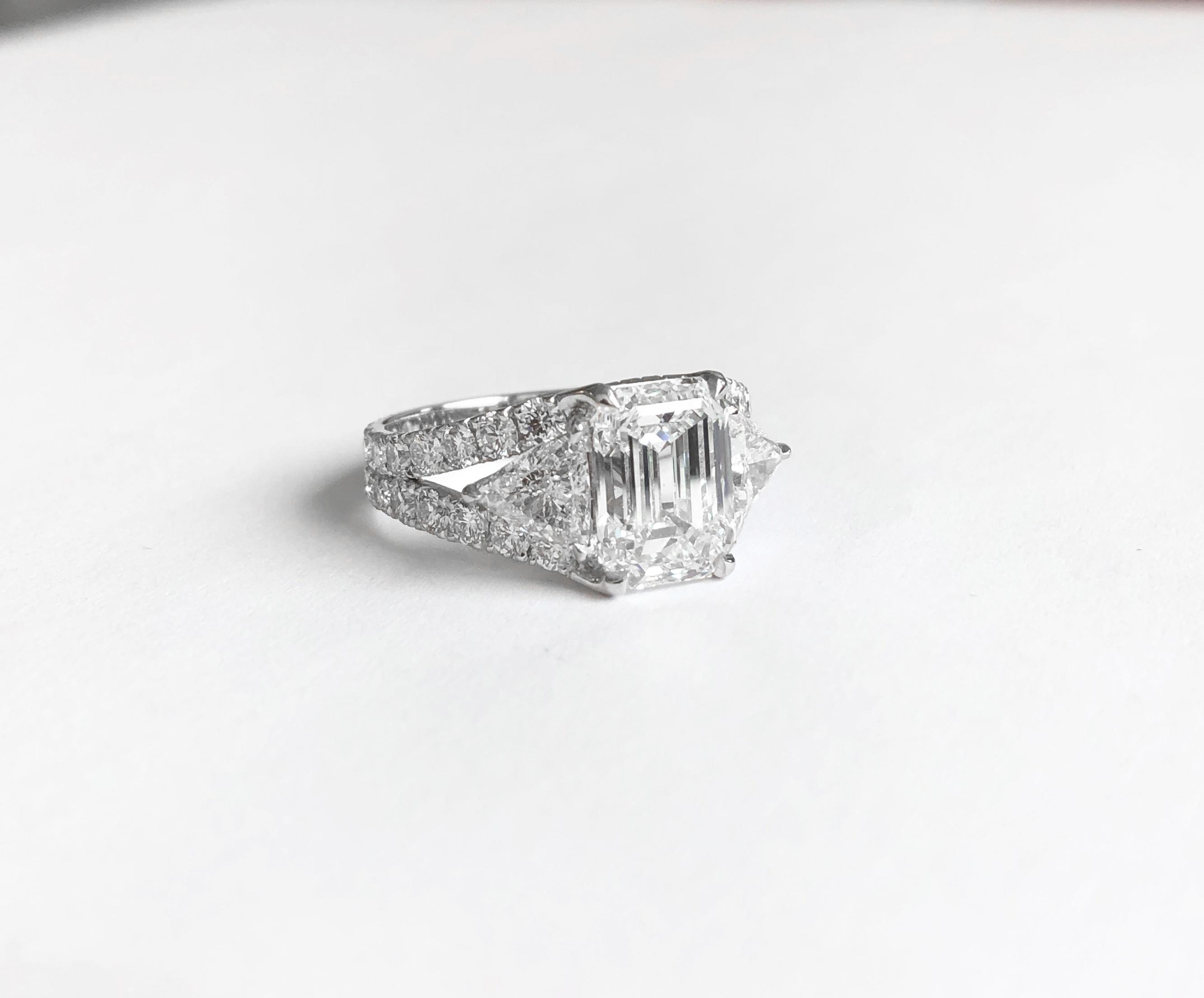 Bague diamant taille émeraude.