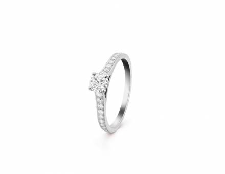 Diamond ring, Van Cleef & Arpels (Sold)