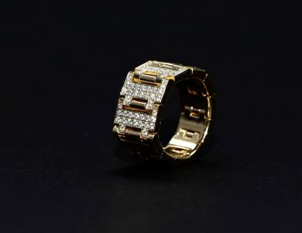 Gold and diamond ring, Bvlgari (To sell)