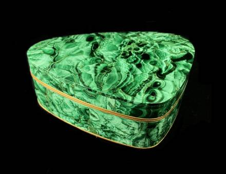 Marquetry box in Malachite from Oural, Russia (To sell)
